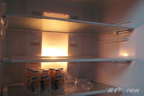 Tủ lạnh bị mất đèn sửa như thế nào?